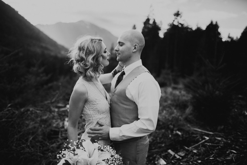 Port Angeles-PNW-Sequim-Portrait-wedding-elopement-photographer-kayladawnphoto-kayla dawn photography-olympic peninsula-portraiture5.jpg
