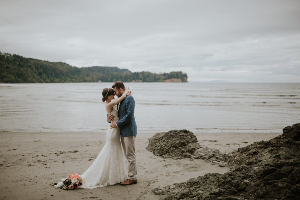 PNW-elopement-wedding-engagement-olympic national park-port angeles-hurricane ridge-lake crescent-kayla dawn photography- photographer-photography-kayladawnphoto-290.jpg