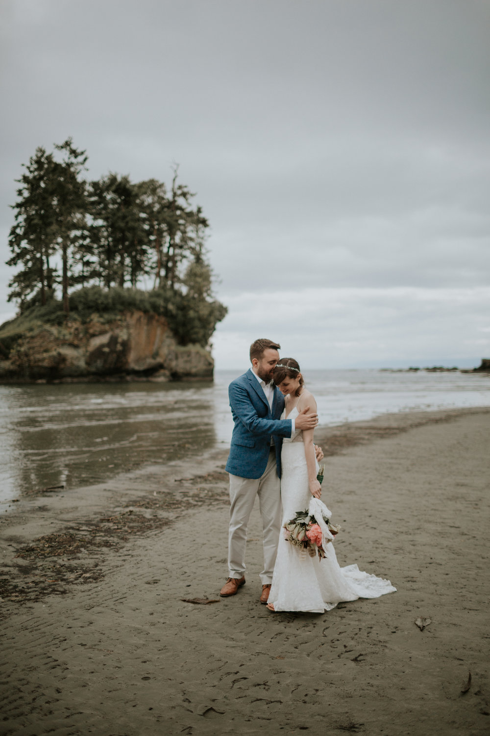 PNW-elopement-wedding-engagement-olympic national park-port angeles-hurricane ridge-lake crescent-kayla dawn photography- photographer-photography-kayladawnphoto-299.jpg