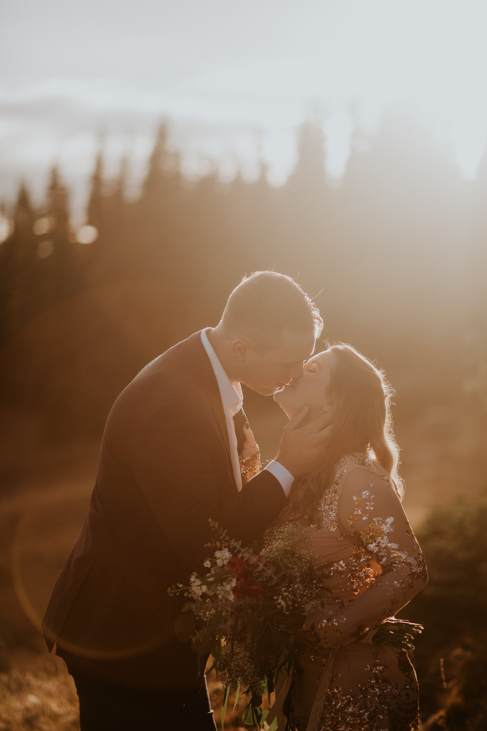 Port Angeles-Portrait-Photographer-PNW-Photography-Anniversary-elopement-kayladawnphoto-kayla dawn photography-Hurricane Ridge-Olympic Peninsula Photographer-48.jpg