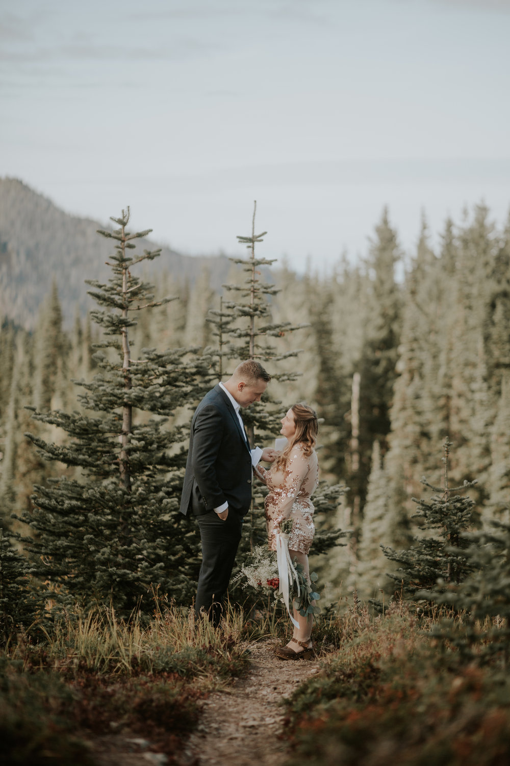PNW-Hurricane-Ridge-Port-Angeles-Washington-elopement-photographer-kayla-dawn-photography-kayladawnphoto-wedding-anniversary-photoshoot-olympic-peninsula-133.jpg