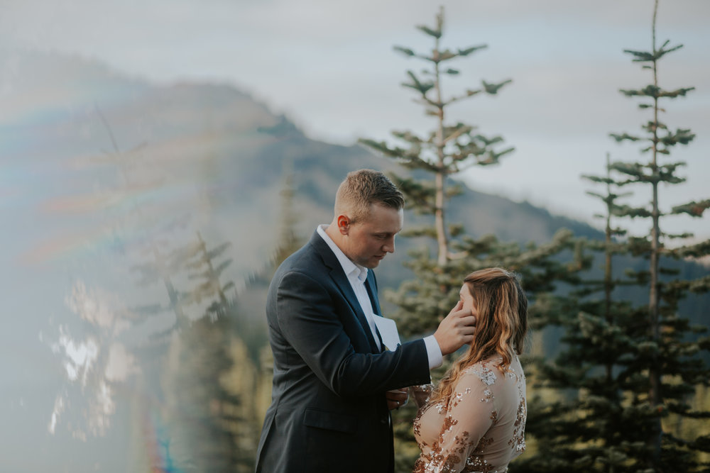 PNW-Hurricane-Ridge-Port-Angeles-Washington-elopement-photographer-kayla-dawn-photography-kayladawnphoto-wedding-anniversary-photoshoot-olympic-peninsula-165.jpg