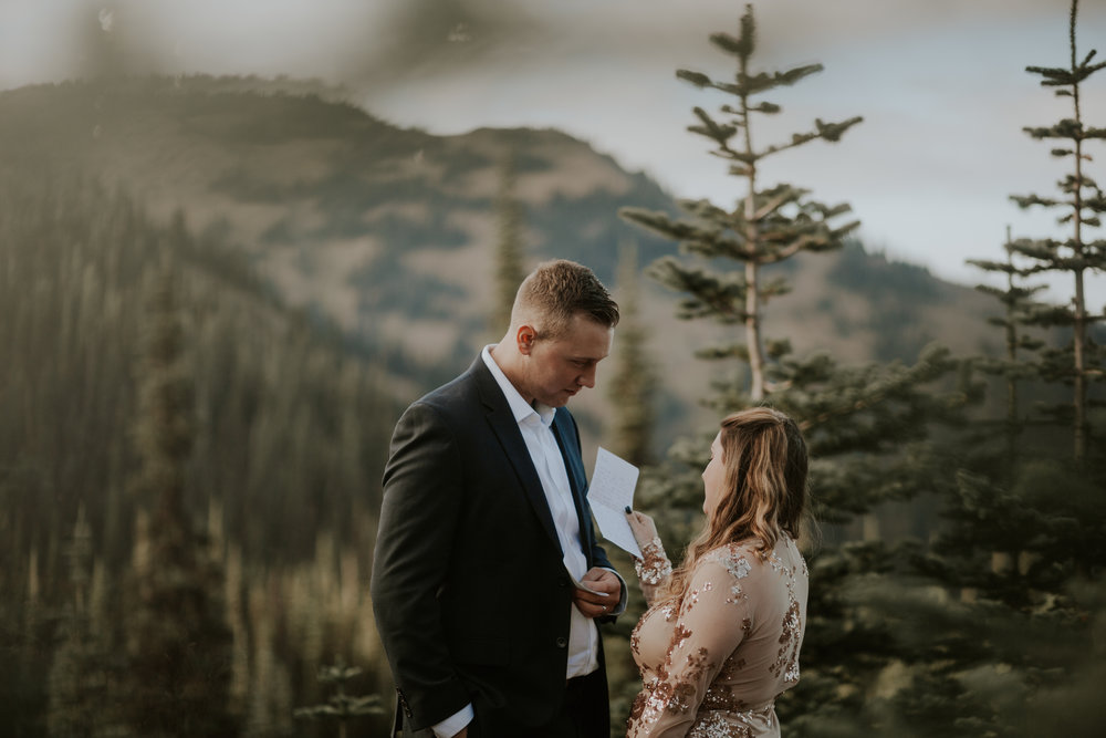 PNW-Hurricane-Ridge-Port-Angeles-Washington-elopement-photographer-kayla-dawn-photography-kayladawnphoto-wedding-anniversary-photoshoot-olympic-peninsula-170.jpg