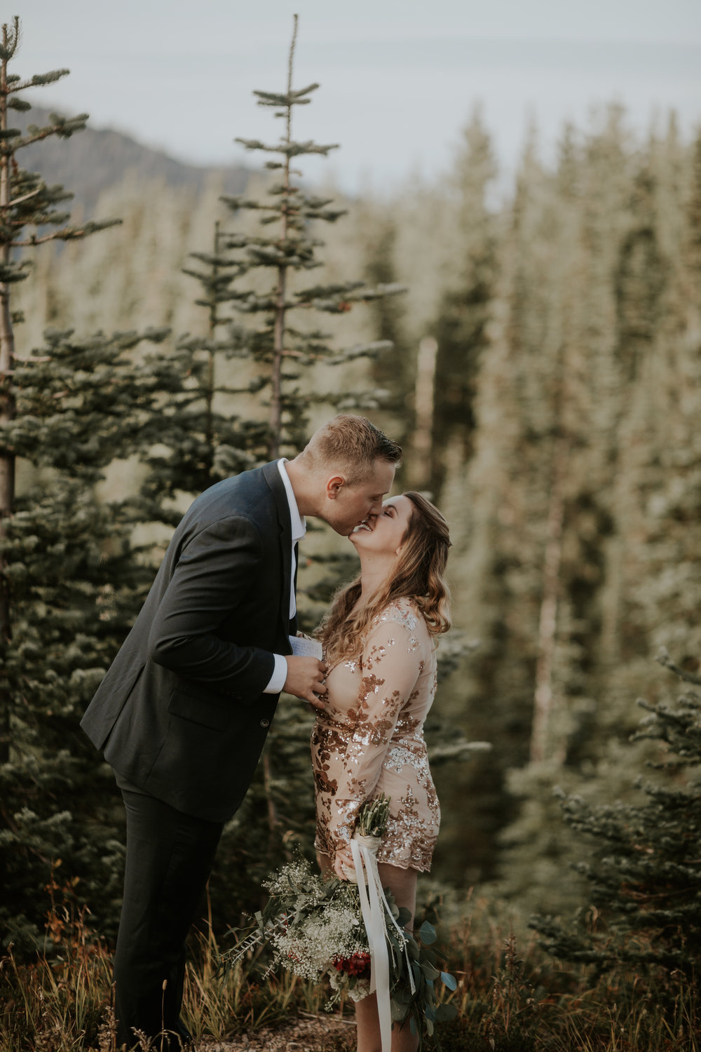 PNW-Hurricane-Ridge-Port-Angeles-Washington-elopement-photographer-kayla-dawn-photography-kayladawnphoto-wedding-anniversary-photoshoot-olympic-peninsula-177.jpg