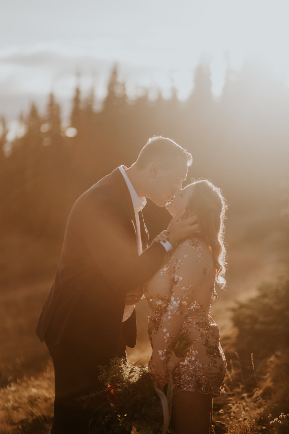 PNW-Hurricane-Ridge-Port-Angeles-Washington-elopement-photographer-kayla-dawn-photography-kayladawnphoto-wedding-anniversary-photoshoot-olympic-peninsula-318.jpg