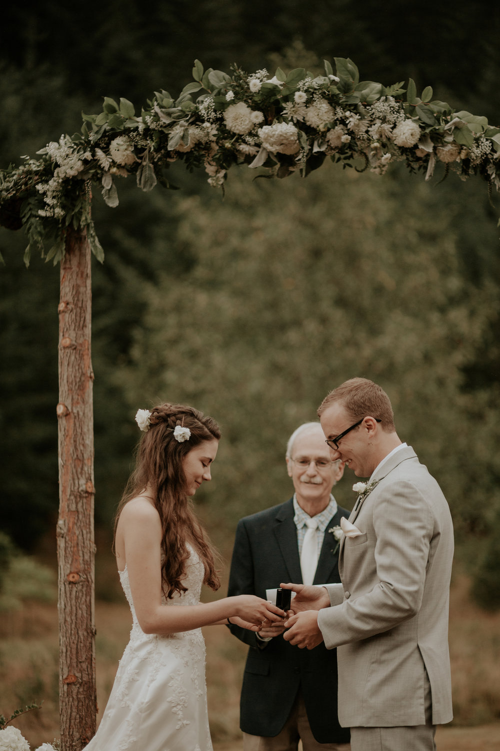 Port-Angeles-elopement-wedding-pnw-olympic-peninsula-photographer-portrait-kayladawnphoto-kayla-dawn-photography-olympic-national-park-78.jpg
