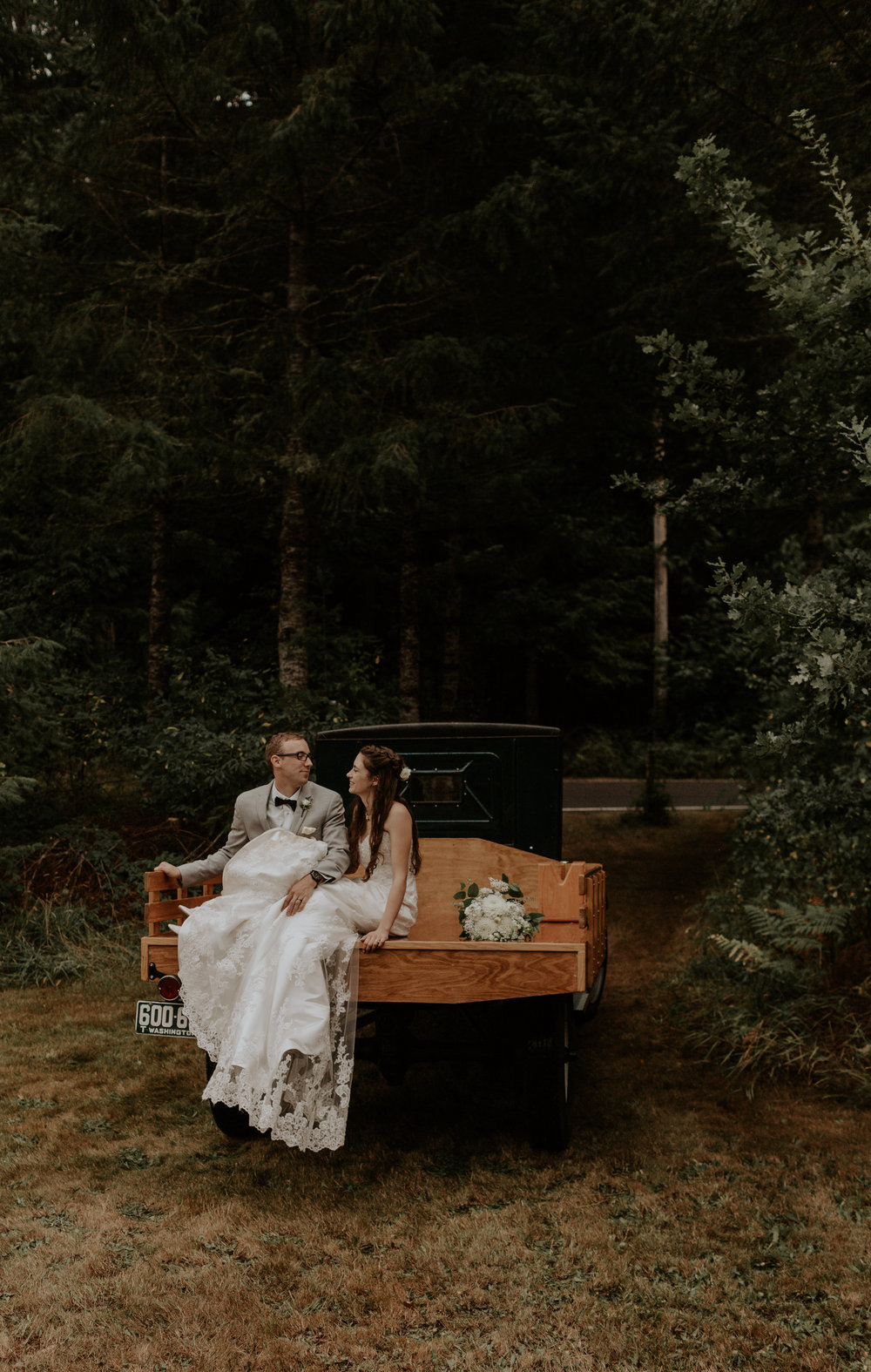 Port-Angeles-elopement-wedding-pnw-olympic-peninsula-photographer-portrait-kayladawnphoto-kayla-dawn-photography-olympic-national-park-136.jpg