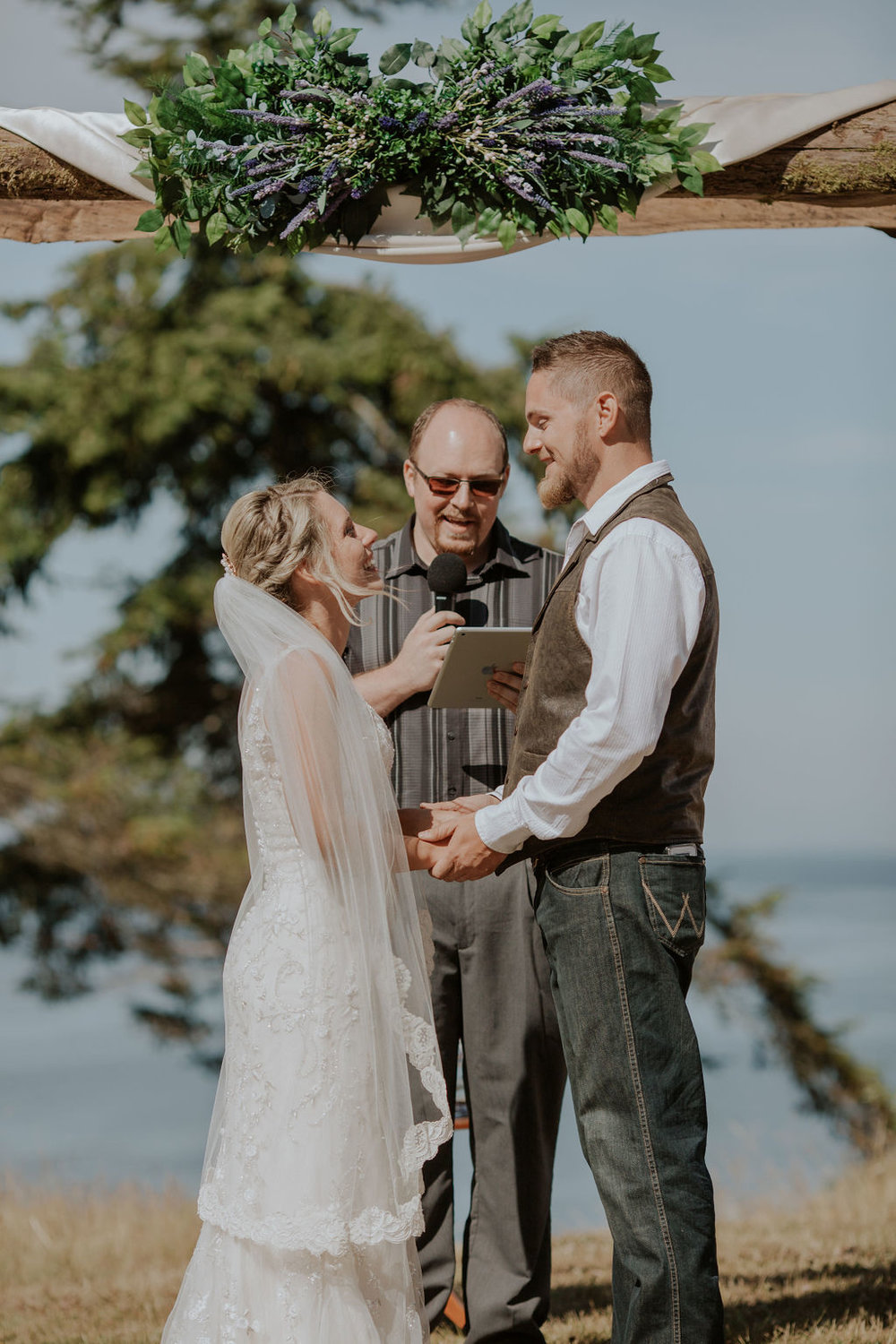 Port-Angeles-Wedding-Photographer-pnw-Whiskey-Creek-Beach-NW-Washington-couples-kayladawnphoto-kayla-dawn-photography-olympic-peninsula-hurricane-ridge-90.jpg