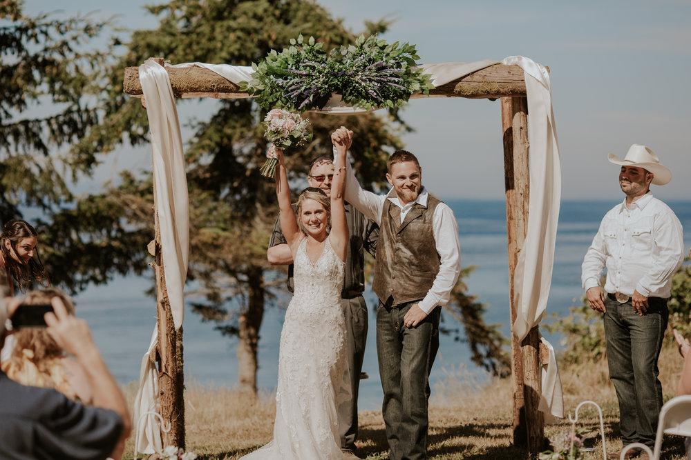 port-angeles-wedding-photographer-kayla-dawn-photography-pnw-olympic-peninsula-elopement-couples-portraiture-pnw-15.jpg