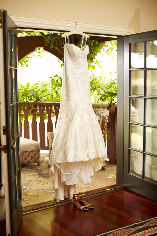 Elegant wedding magnolia weddings san francisco and oakland the wedding dress and shoes junglespirit Image collections