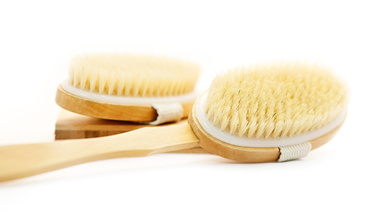 DRY BRUSHING AND EXFOLIATION