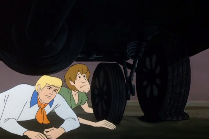 It's as if Fred and Shaggy  know  that this part of the episode makes less than no sense.