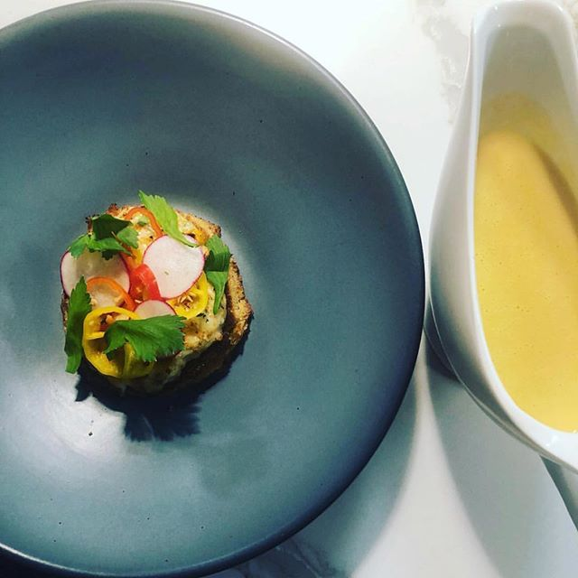 Open-faced crab melt with summer corn bisque by Mr. @chef.brooks.hart 🦀 . #pittsburgh #downtownpgh #downtownpittsburgh #pgh #crab #crabmelt #colorful #colorfulfood #pgheats #eatpgh #goodfoodpgh #eeeeeats #pittsburghfood #foodie #pghfoodie #pghfoodbloggers #412 #lovepgh #seafood #bisque #cornbisque #soup #soupdujour