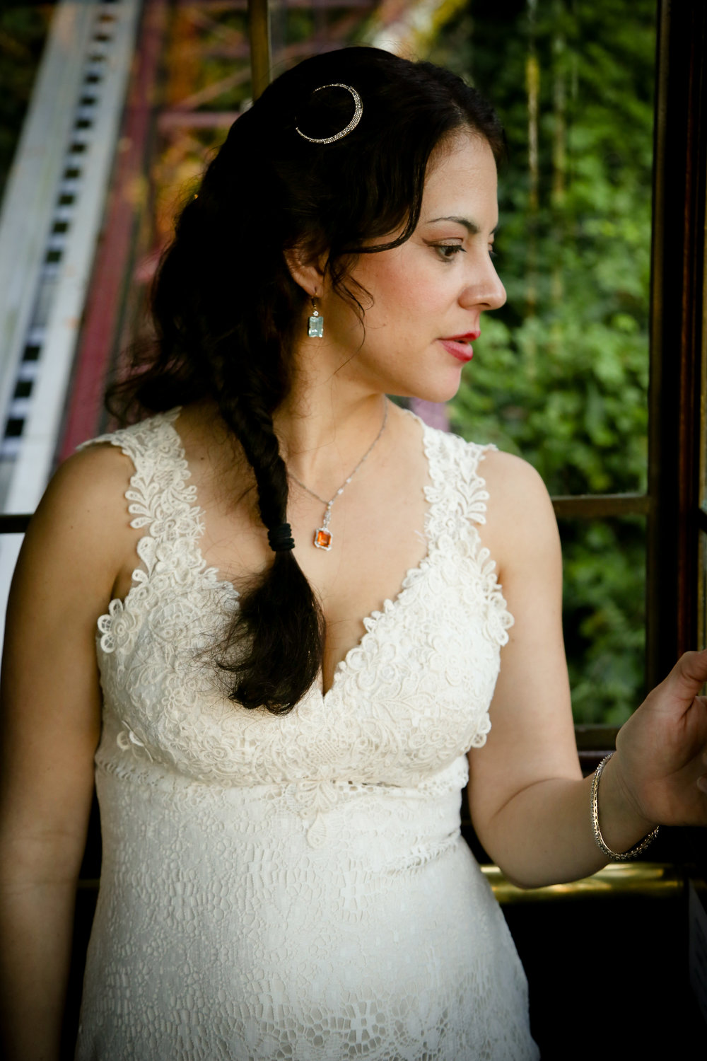alexandra-rice-photography-shadowbrook-capitola-santa cruz-wedding-bride-portrait-trolley.jpg