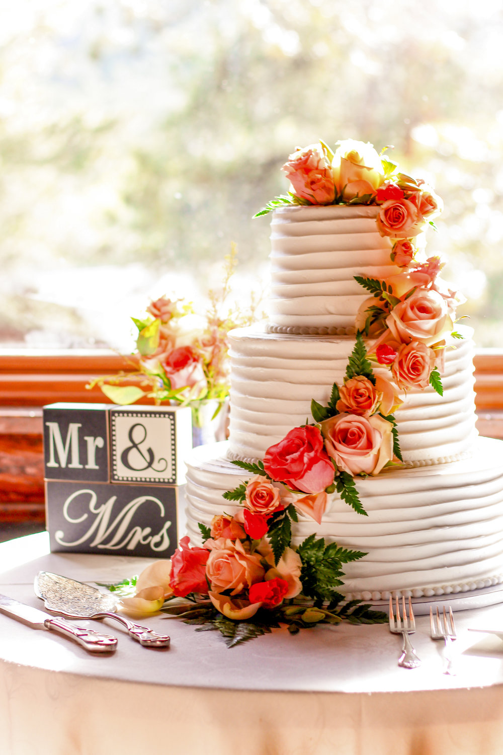 alexandra-rice-photography-wedding-cake-santa-cruz-reception.jpg
