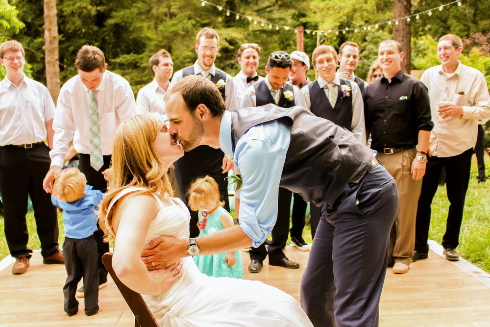 alexandra-rice-photography-santa-cruz-felton-wedding-kiss-bride-groom.jpg