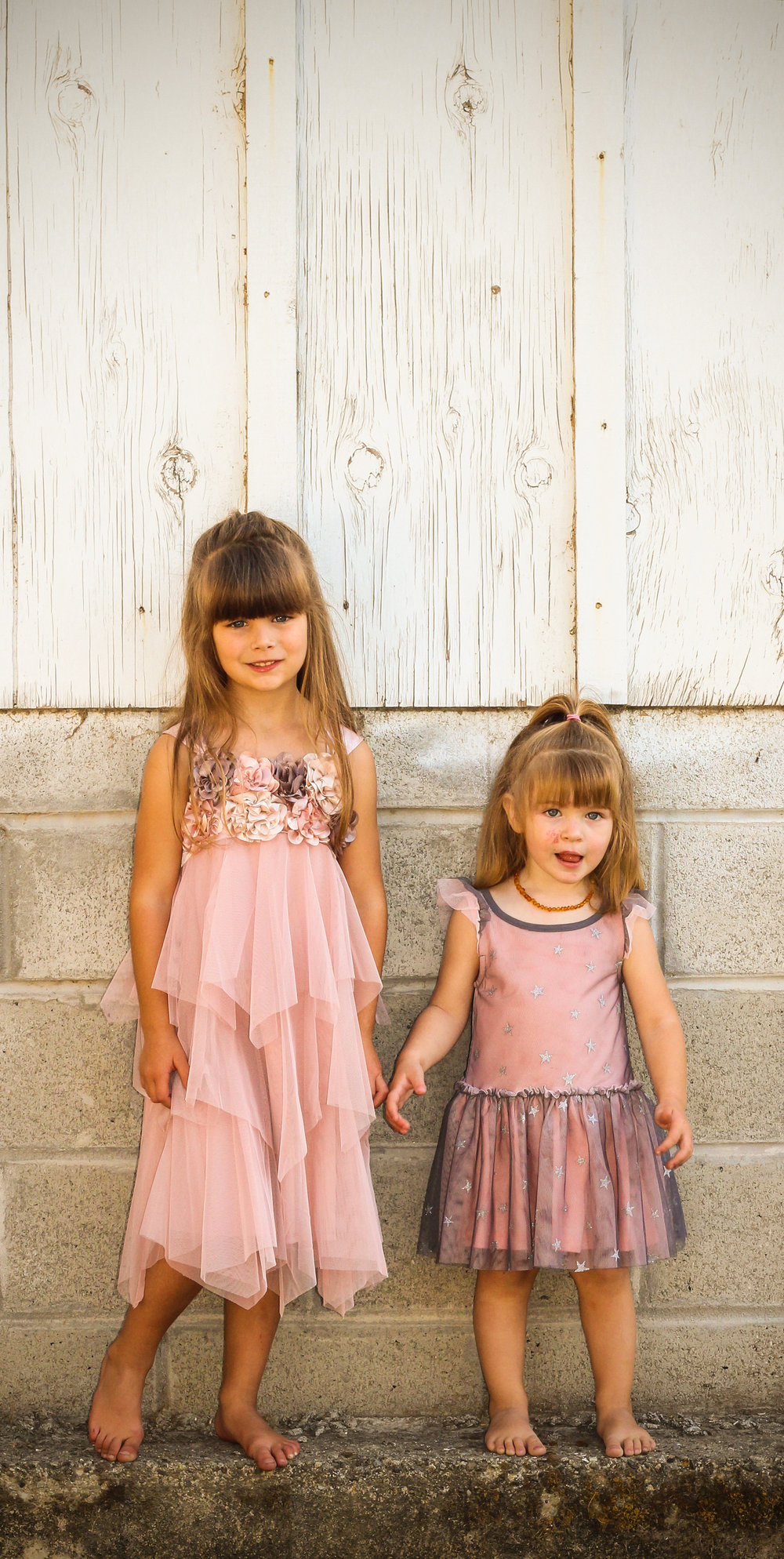 alexandra-rice-photography-quail-hollow-ranch-couple-kids-sisters-portrait.jpg