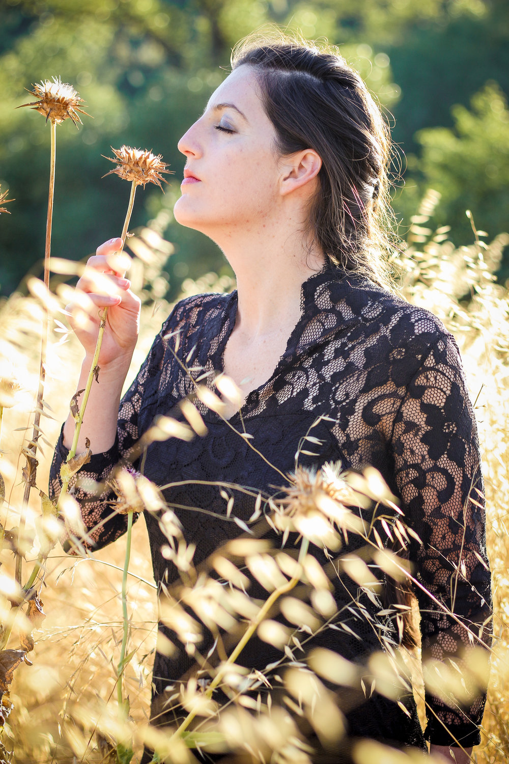 alexandra-rice-photography-quail-hollow-ranch-gothic-photoshoot-meadow-dead-field.jpg