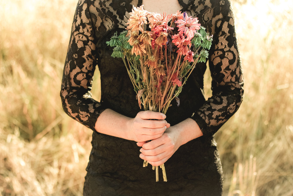 alexandra-rice-photography-quail-hollow-ranch-gothic-photoshoot-meadow-dead-flowers.jpg