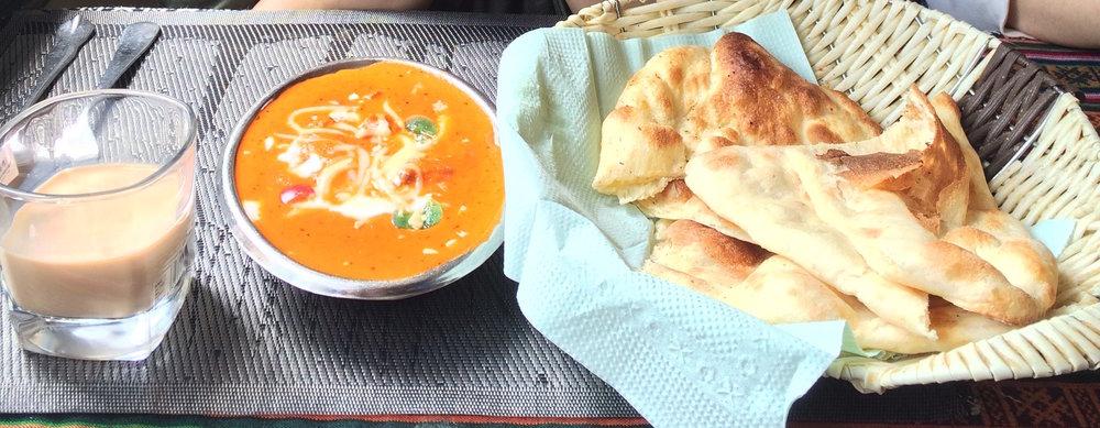 拉萨厨房(拉萨市) I 尼泊尔煎饼+咖喱,美味又很有饱足感