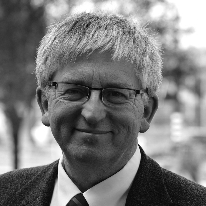 Dr Stephen Sizer, UK