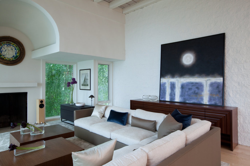 Michelle+Miller+Interiors-Annapolis+Residence+II-0221+-+LR+Sofa.jpg