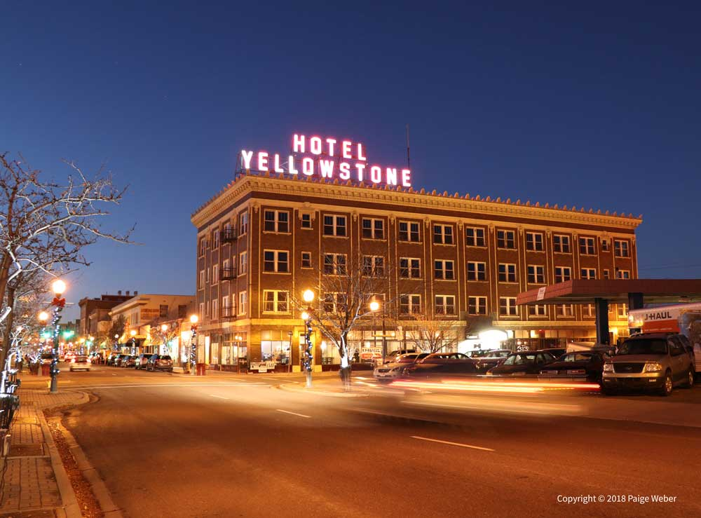 Hotel-Yellowstone-Light-Trails-web.jpg