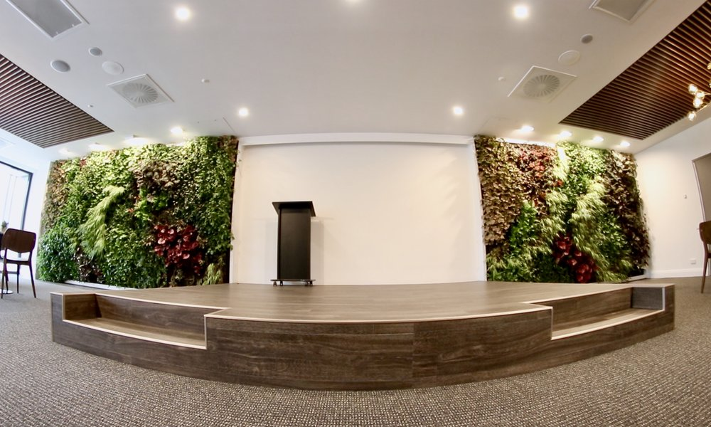 Ramsay Healthcare, Northside Clinic, St. Leonards - Filling 25+ square metres of blank wall space, these 2 Living Walls create a tranquil atmosphere to help improve patient wellness and reduce their hospital treatment time.