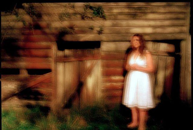Commissioned-'Woman and Derelict Shed at night' #artadvisory #contemporaryartgallery #artistsoninstagram #fineartphotography #fineartfilm #newwork #newzealandartist #contemporaryartgallery #artist #artforum #curator #abstractexpressionism #artipelag #aipadphoto #ratemodernart #modernart #mediumformat #sydneyartist #kunst #iso_society