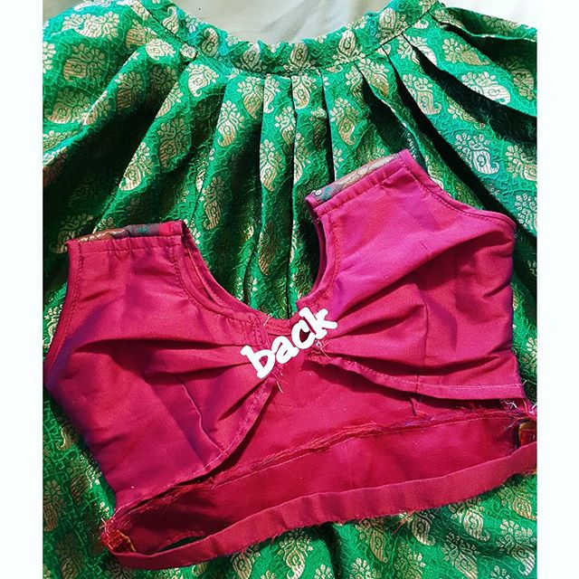 Green and Pink Lehenga Voni for kids. #pattupavadai . . #childrenswear #childrensfashion #kids #toddlerclothing #toddlerfun #toddlerfashion #babyclothes #kidsfashion #trendykiddies #fashionkids #skirt #toddlerstyle #babyfashion #trendytots #babyshower #custommade #designer #blouse #Toronto #hamilton #cutekidsfashion #kidsootd #beautiful