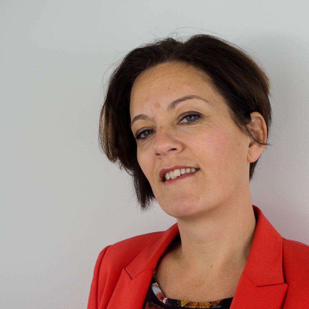 drs. Suzan Valstar
