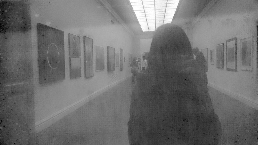 Ya no se trata de capturar una imagen para preservar un recuerdo a través del tiempo, ahora esa imagen representa en sí mismo nuestro presente fugaz.