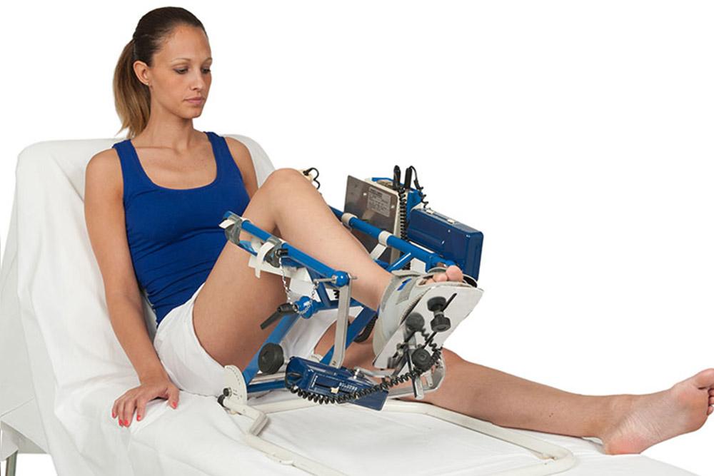 3-Fisionoleggio-noleggio-attrezzature-sanitarie-kinetec-caviglia.jpg