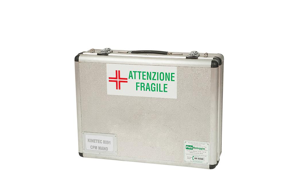 5-Fisionoleggio-noleggio-attrezzature-sanitarie-kinetec-mano.jpg
