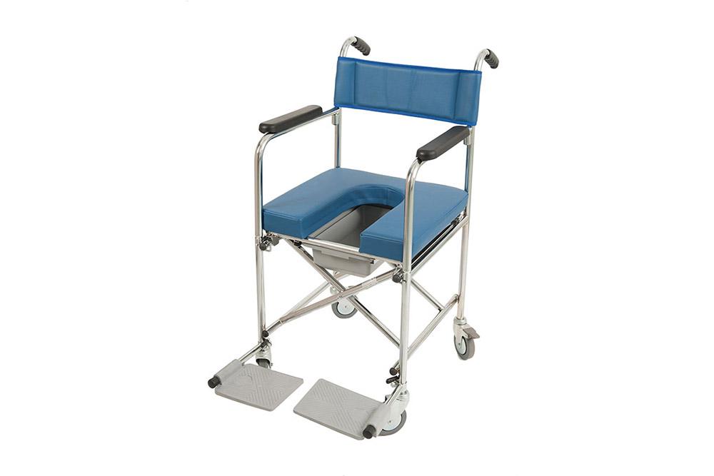 Sedia a rotelle comoda con wc
