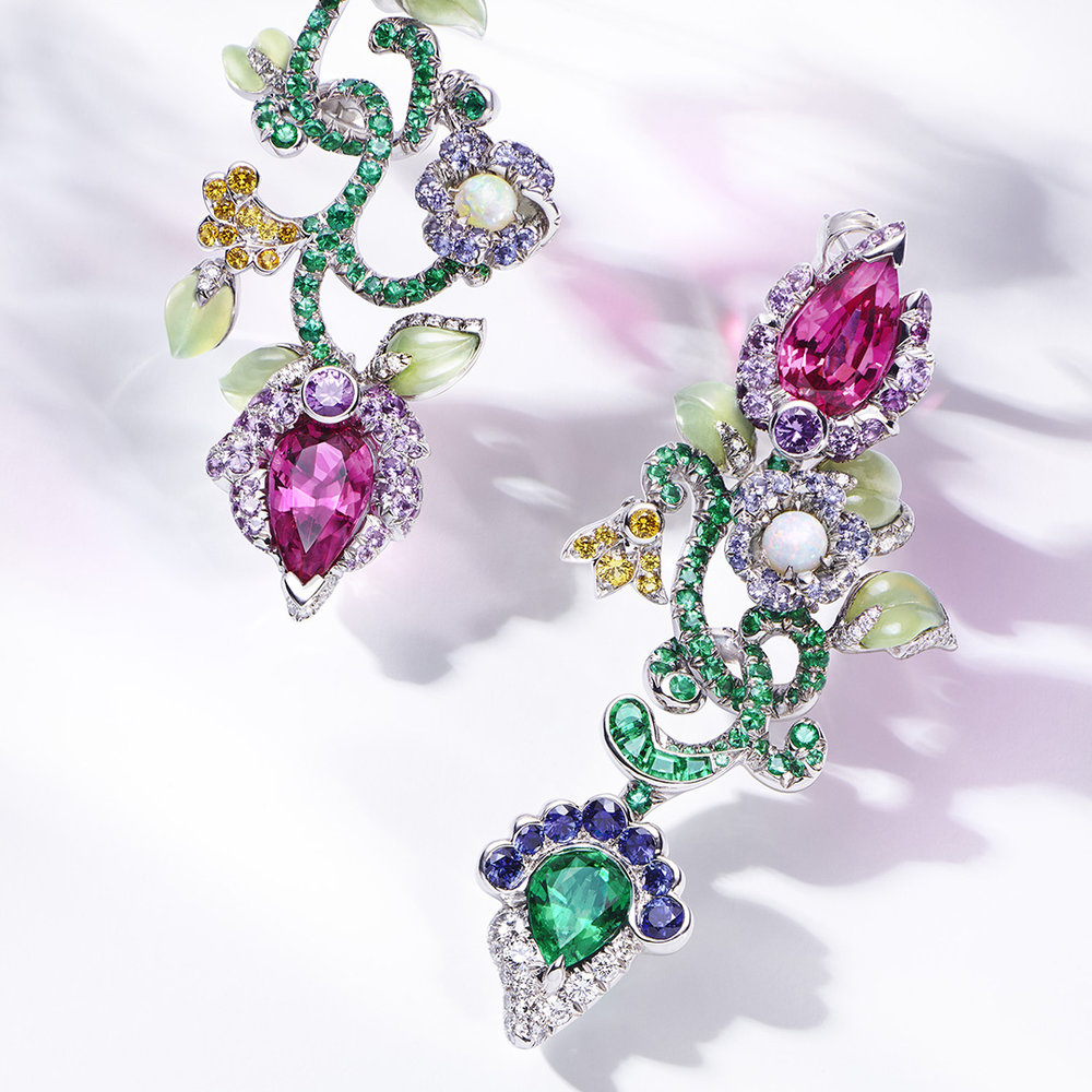GM_Faberge_2015_Jewelry Floral Earring.jpg