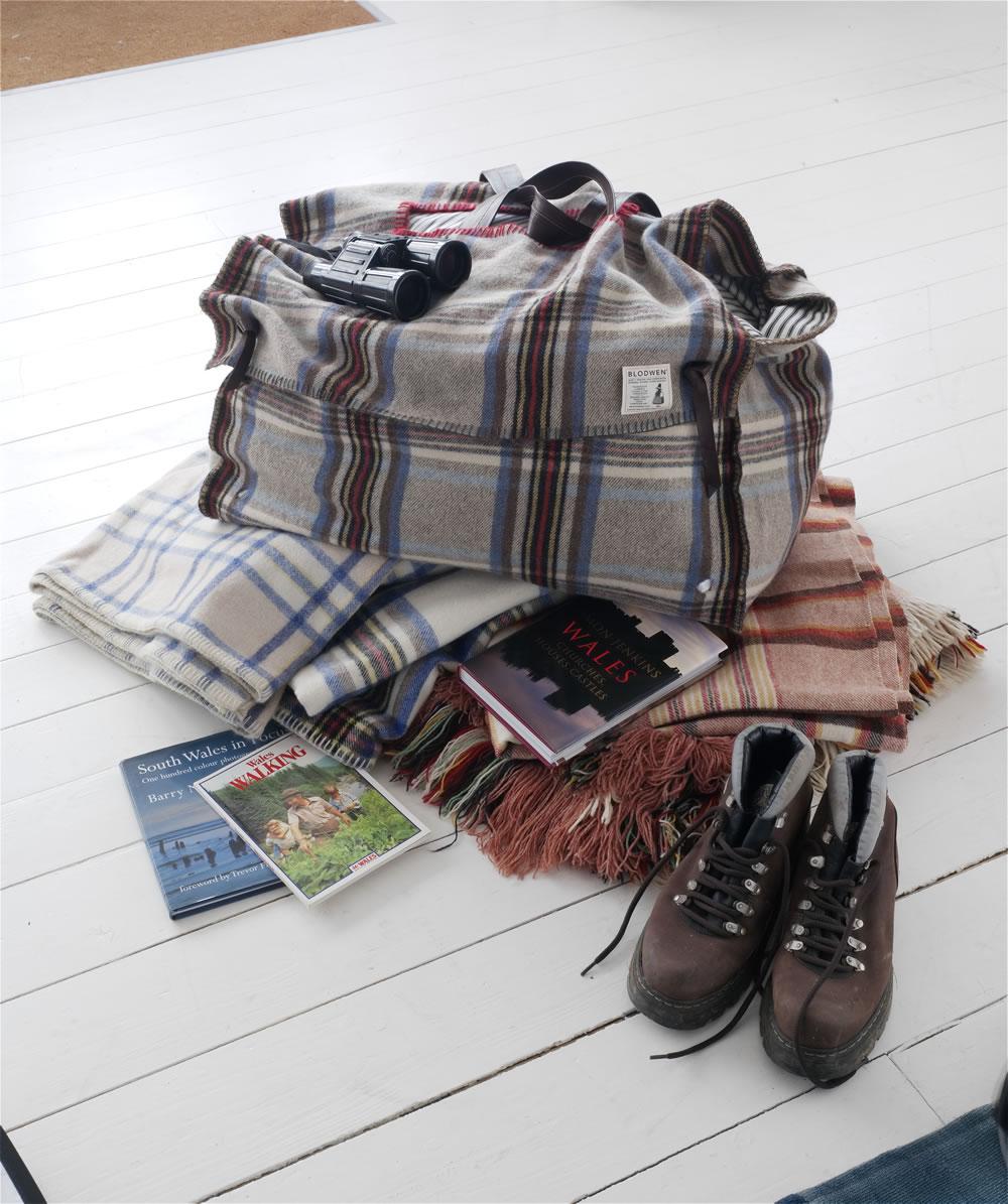 bags_bootbag_hi.jpg