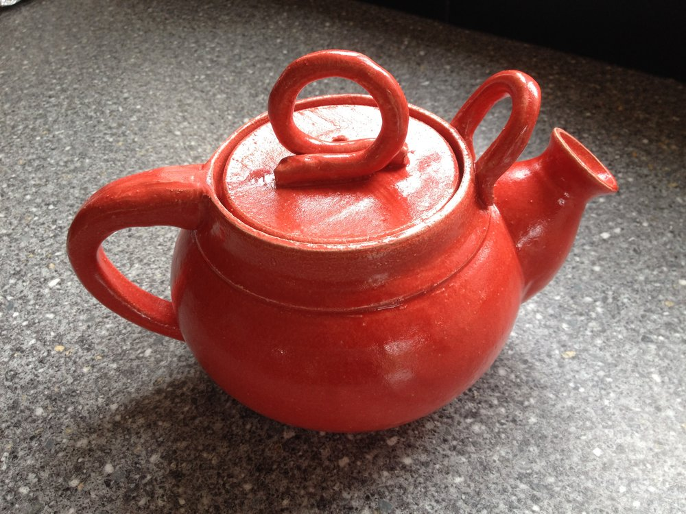 allan hemmings website red teapot.JPG