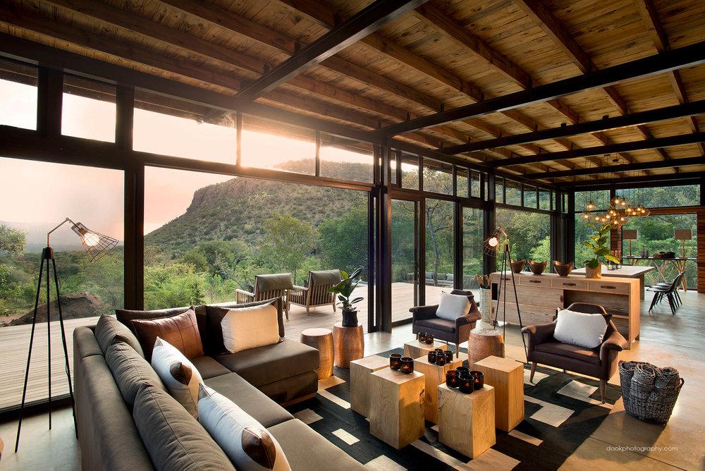 Mountain Lodge Main Living.jpg