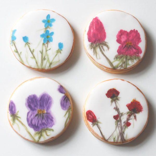 Hand made decorated floral cookies by LemonTreeCakes
