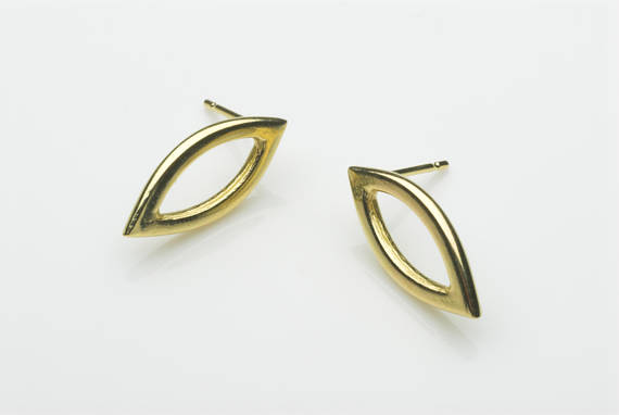 Naomi Tracz marquise studs in 18kt gold