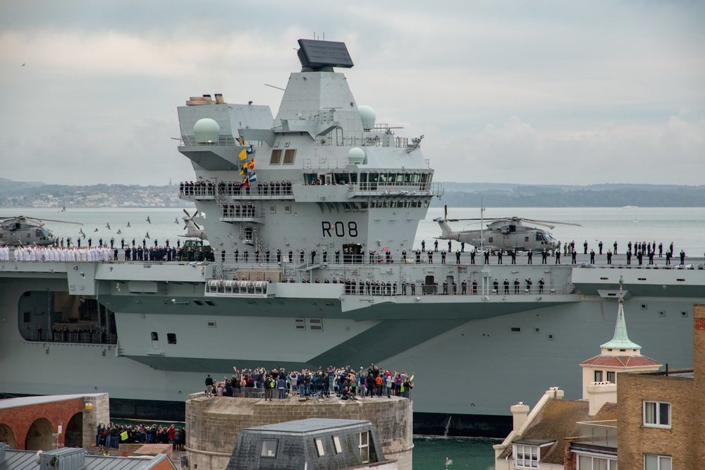 hms-queen-eliabeth-arrives-portsmouth.jpg