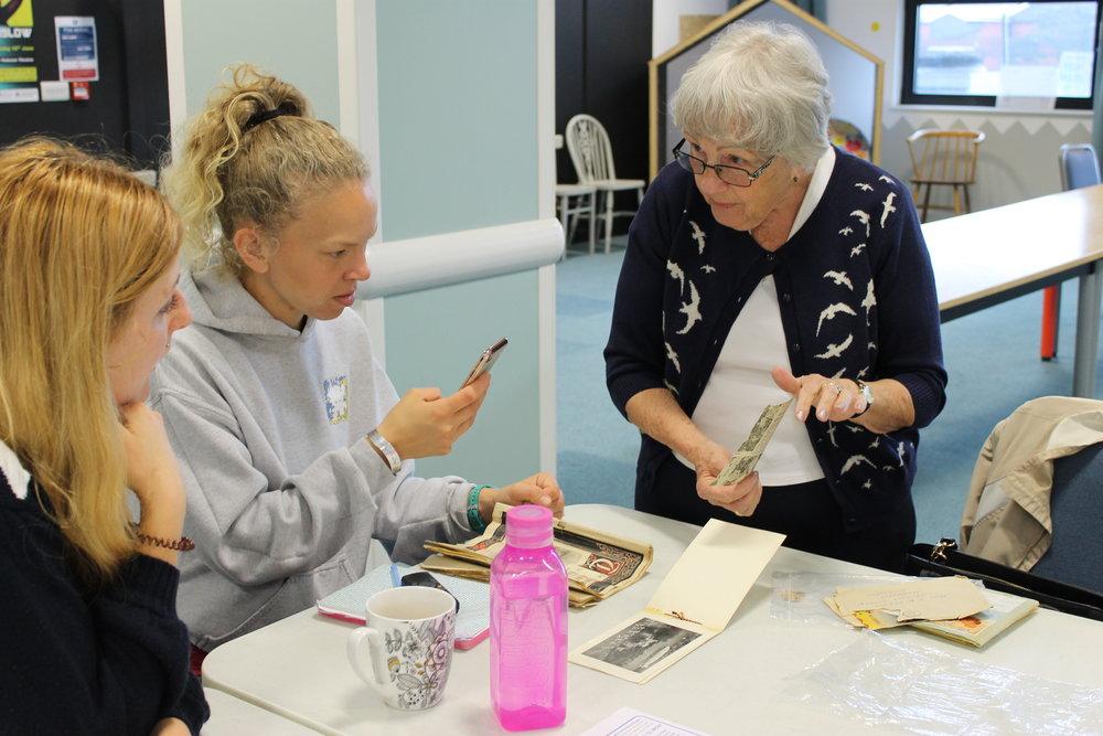 Memories of Hanworth with a local volunteer