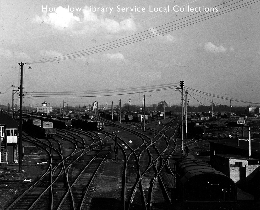 Feltham-Marshalling-Yards-looking-east-to-up-reception-sidings--1960-68-(Acc.-7751).jpg