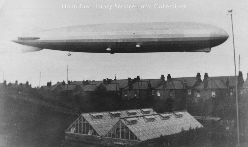 Graf-Zepplin,-Close-View-Airship-over-Hanworth,-1932,-LS2522--001.jpg