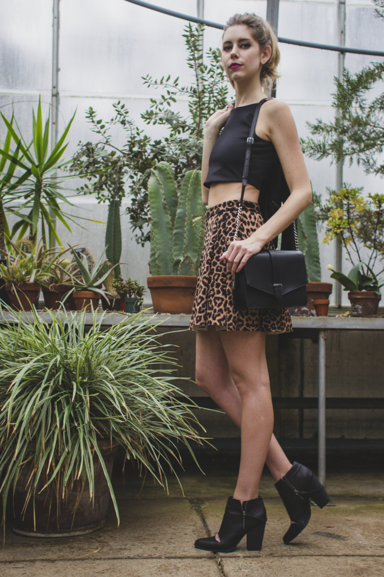 crop+top+leather+skirt.jpg
