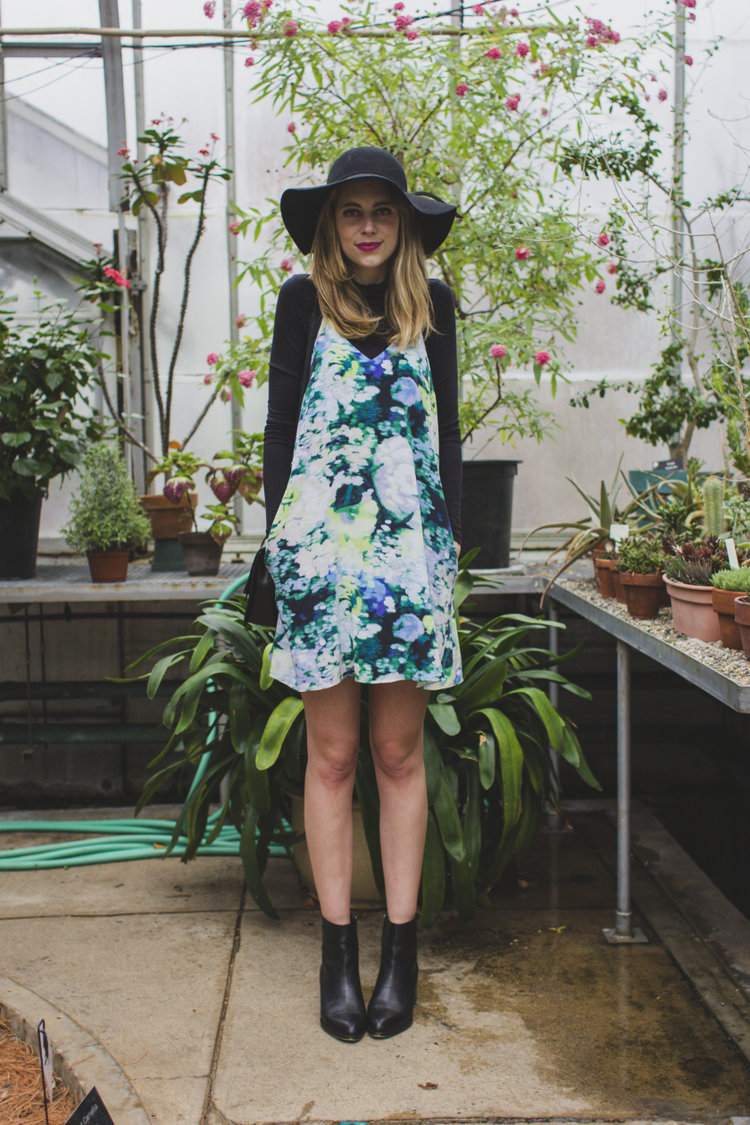 floral+dress+and+boots.jpg