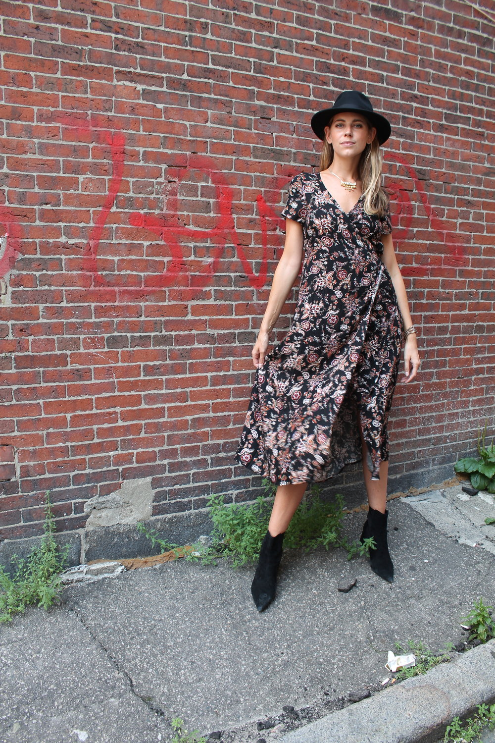 floral dress street style