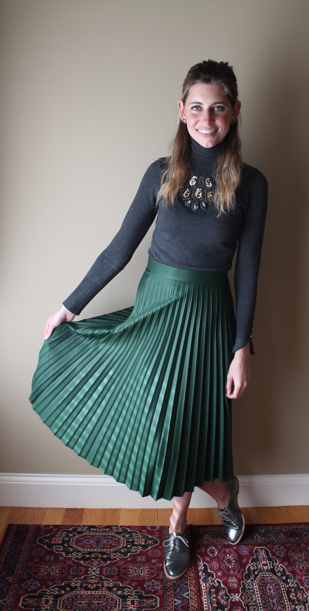 Pleated Skirt Fall Work Outfit