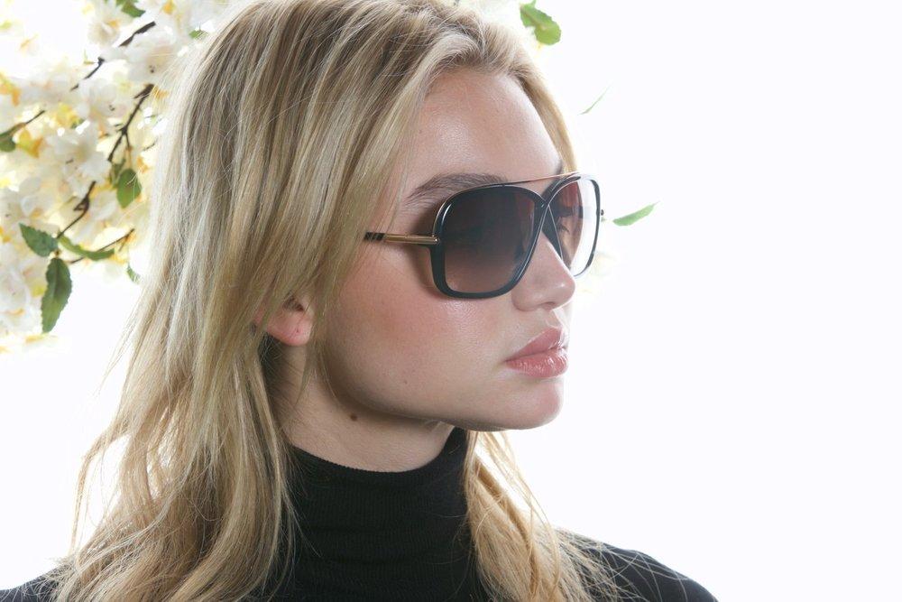 Tom+Ford+sunglasses+editorial-2.jpeg